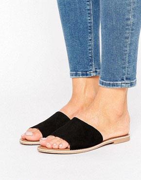 ASOS FEDORA Mule Sandals £22ASOS MADRID Premium Leather Mule £