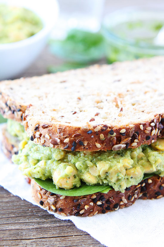 smashed-chickpea-avocado-and-pesto-salad-sandwich-2